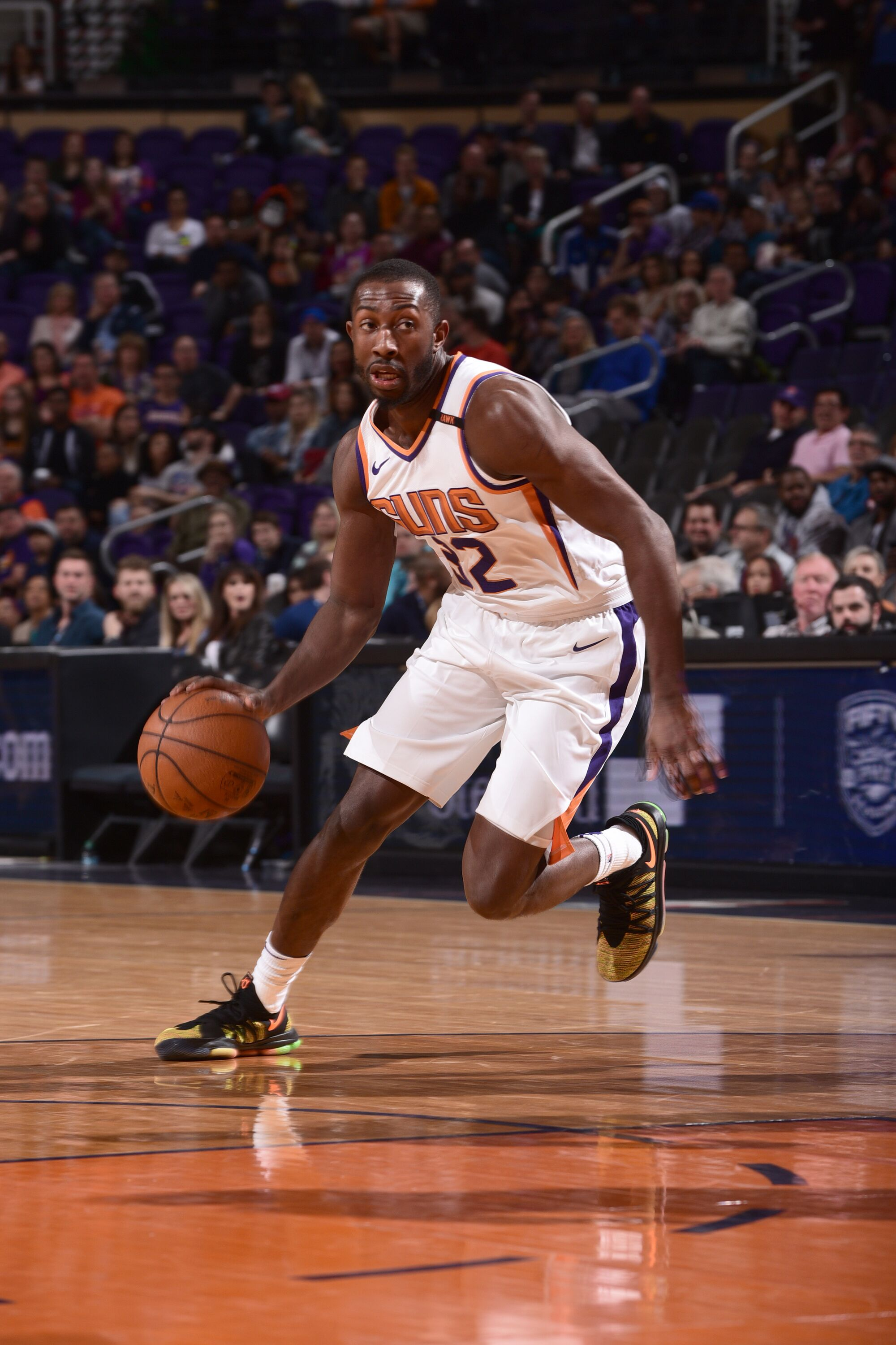 905020460-indiana-pacers-v-phoenix-suns.jpg