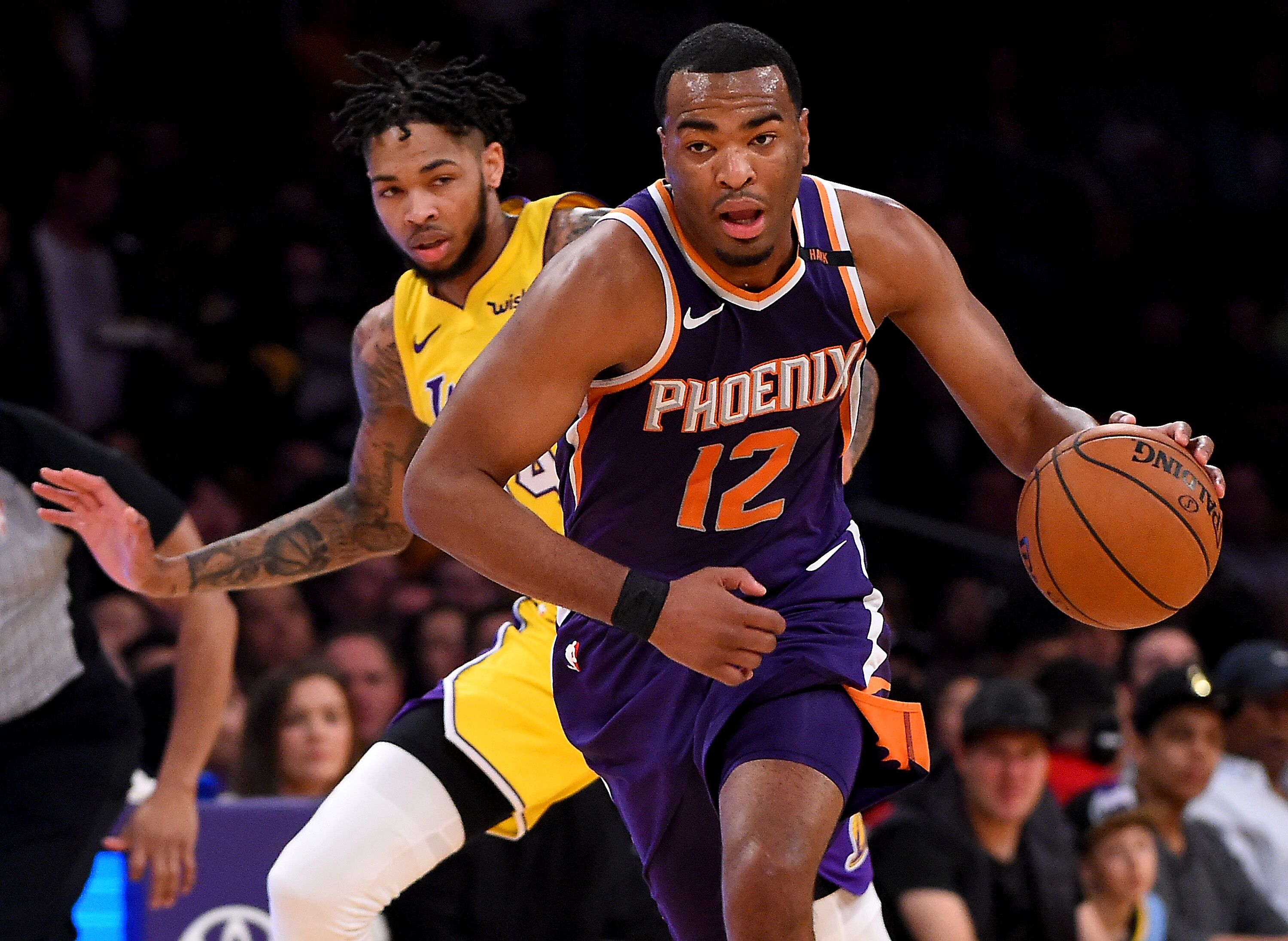 915145254-phoenix-suns-v-los-angeles-lakers.jpg