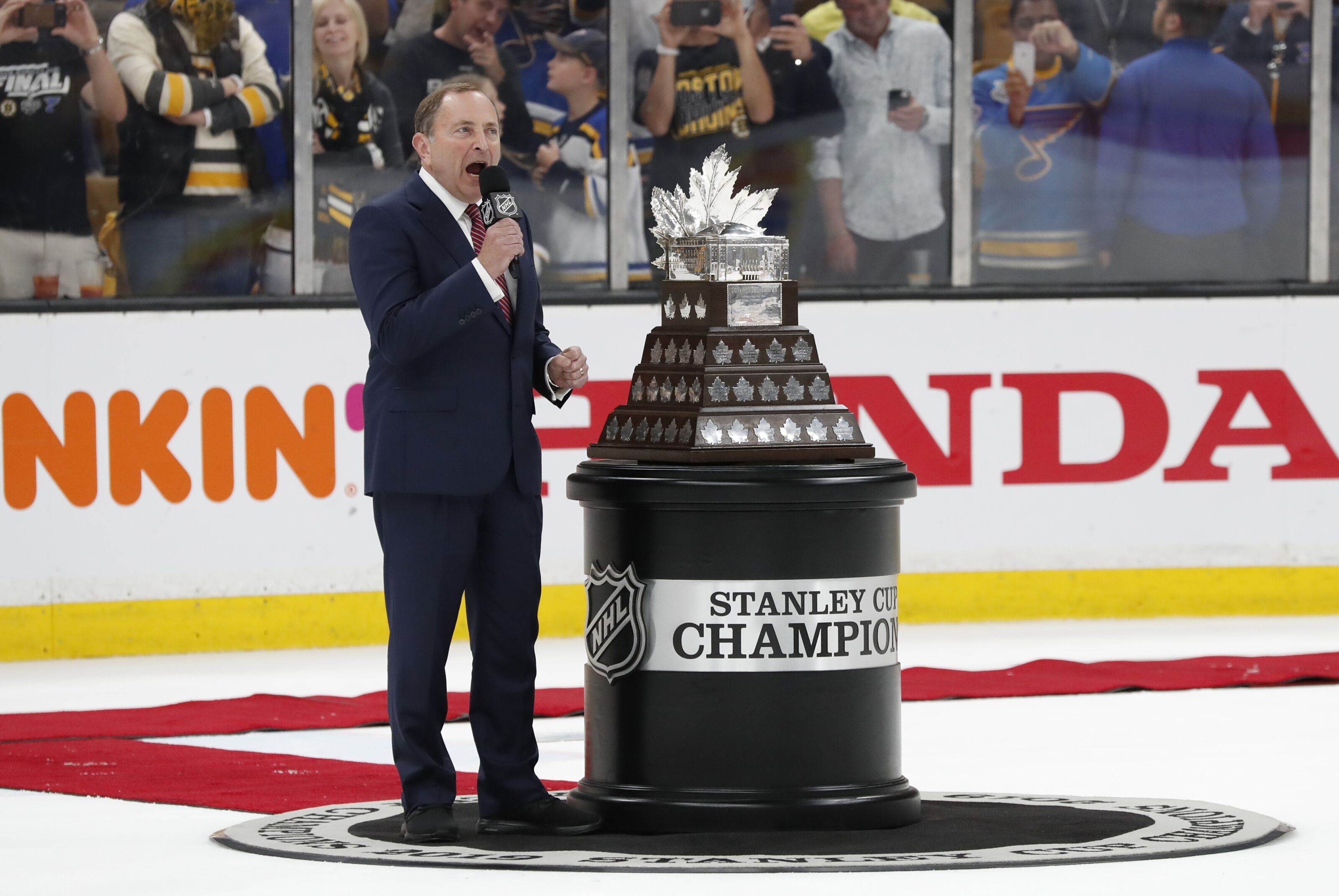 Vegas Golden Knights: Lockout fears averted after peace is reached