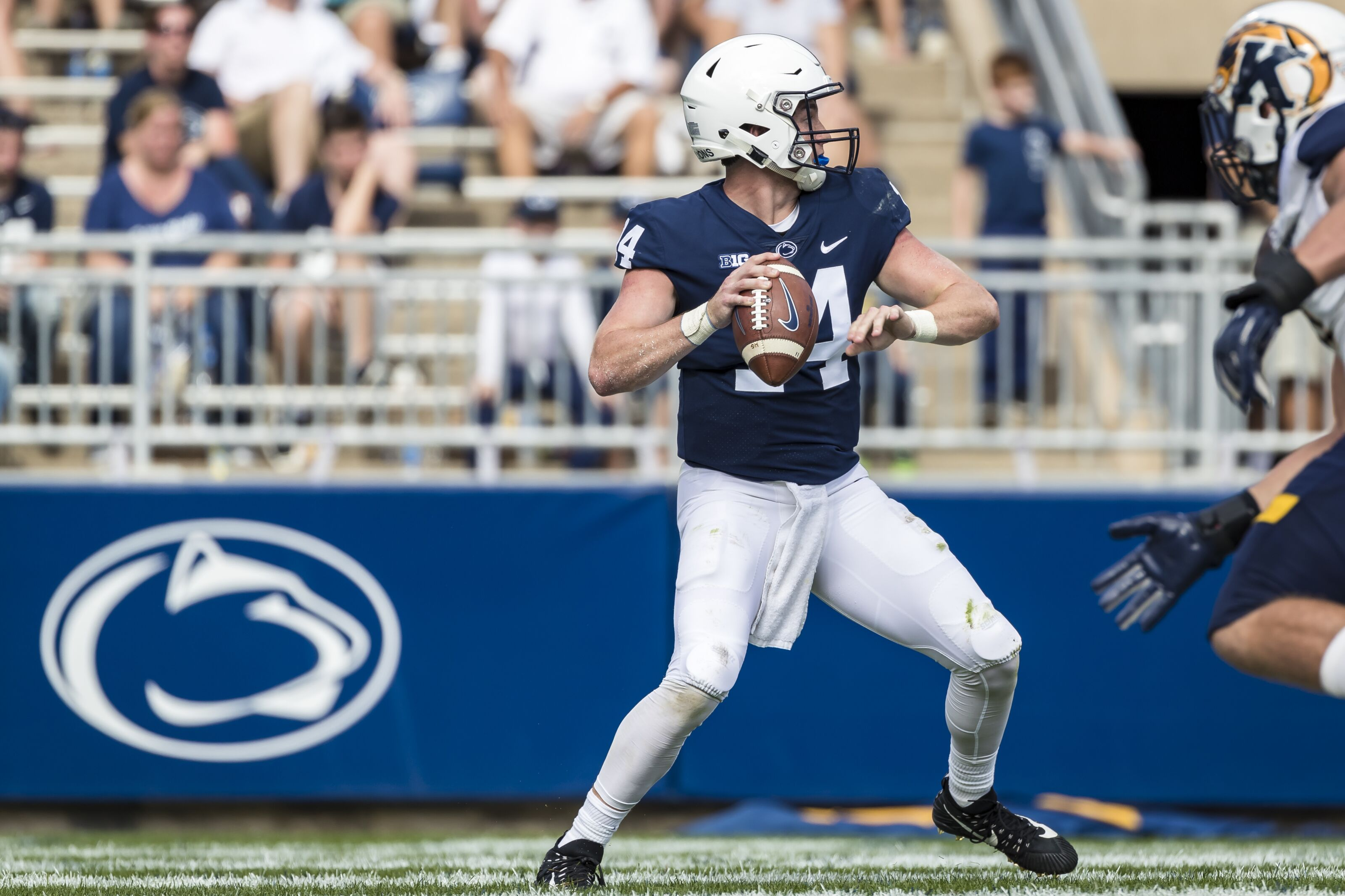 Penn State Football: Don't expect the quarterbacks to throw more in 2019