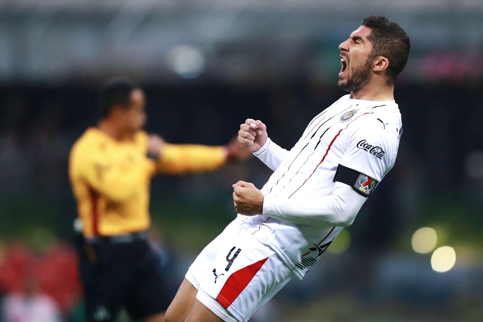 Chivas say adios to Jair Pereira; where might he go?