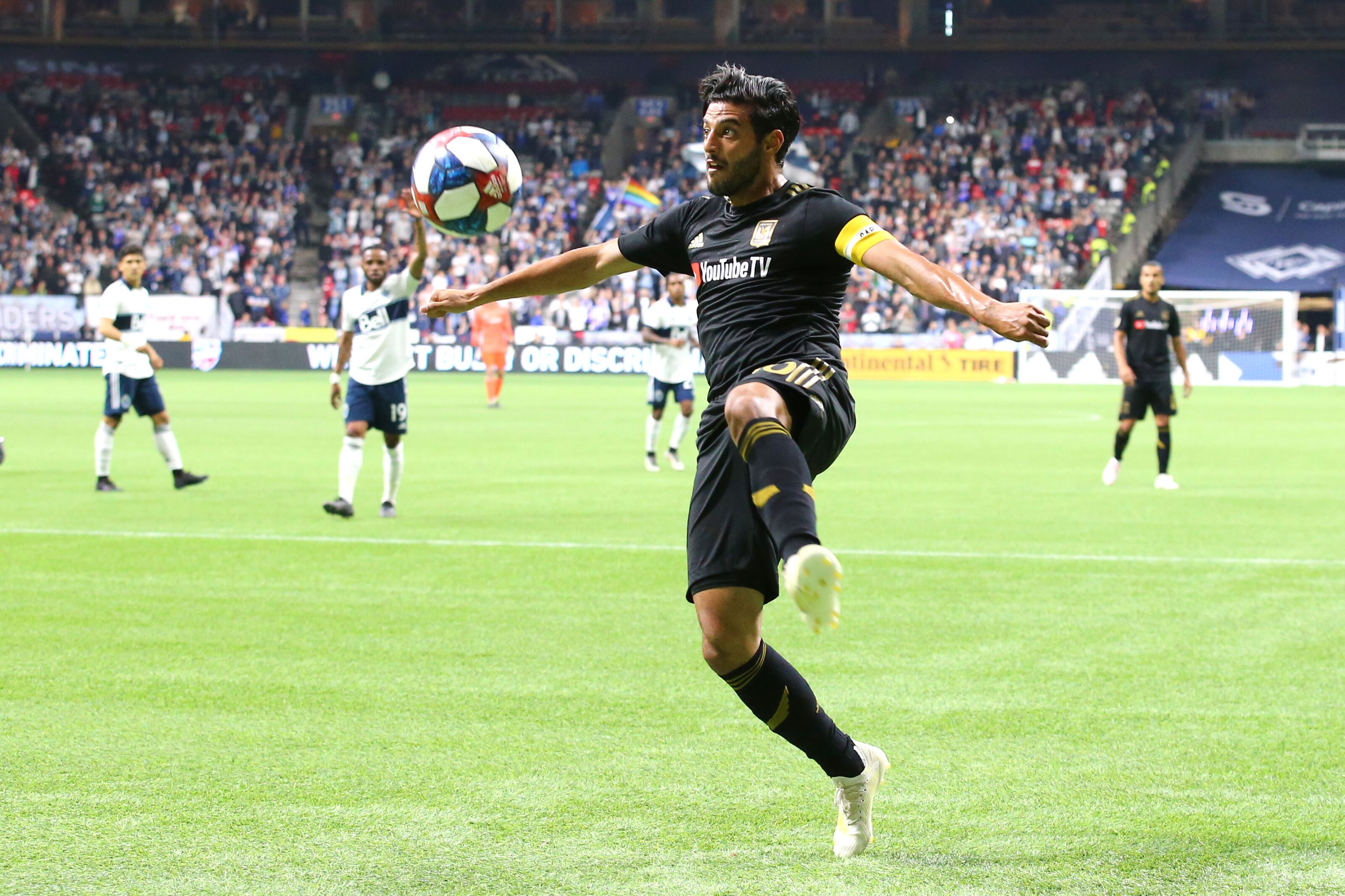 9db8ead72bb LAFC's Carlos Vela wins second MLS Player of Month Award