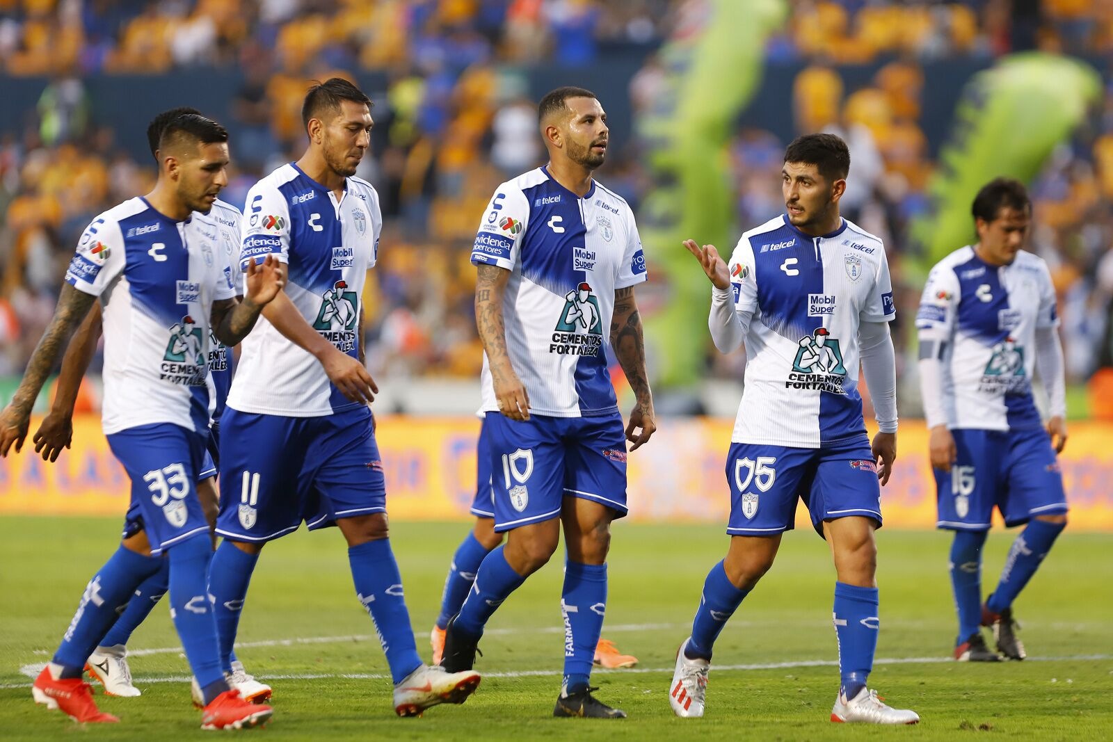 Pachuca is on the brink; León looking for revenge against Chivas