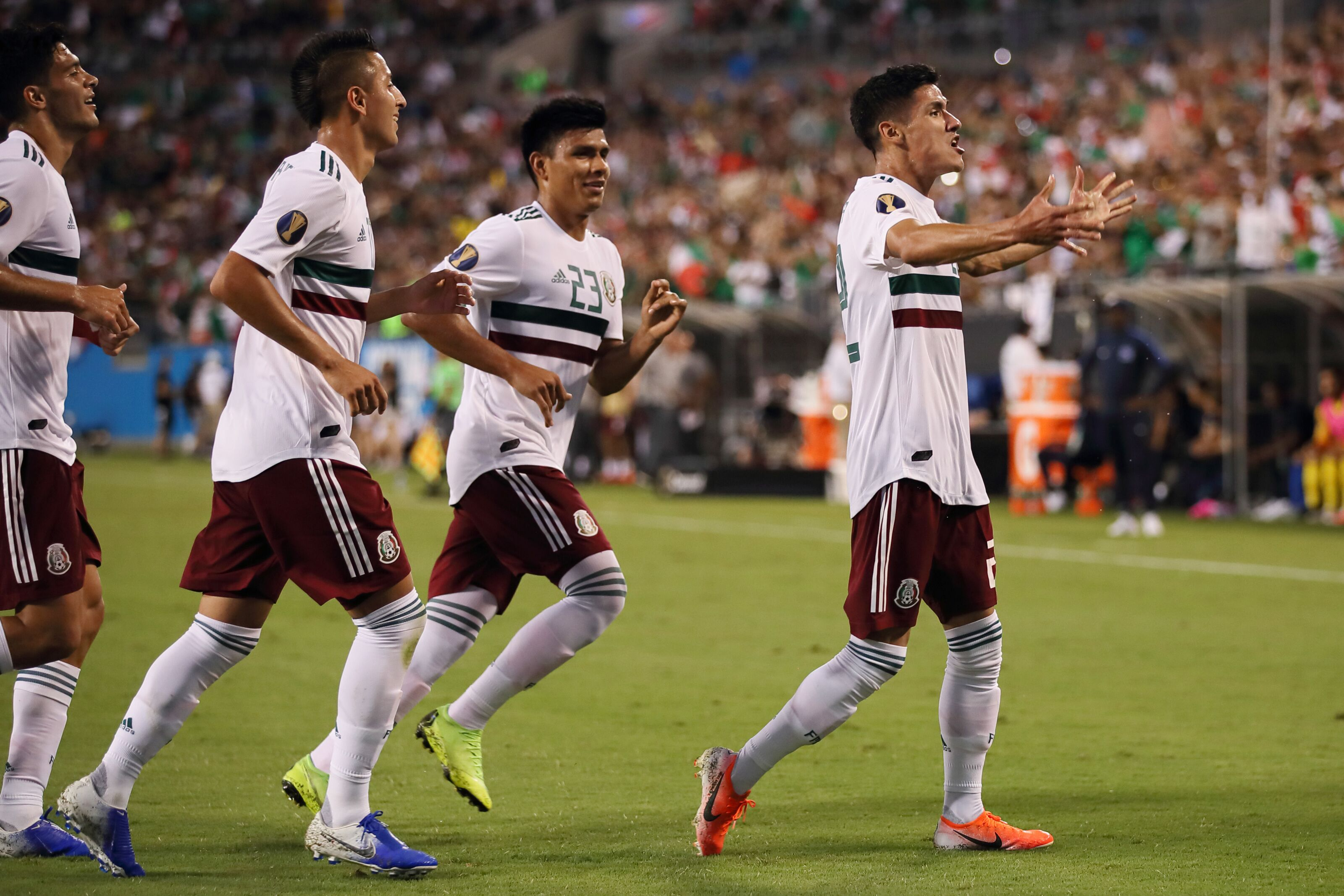 Uninspired Mexico holds off tiny Martinique 3-2 in Gold Cup