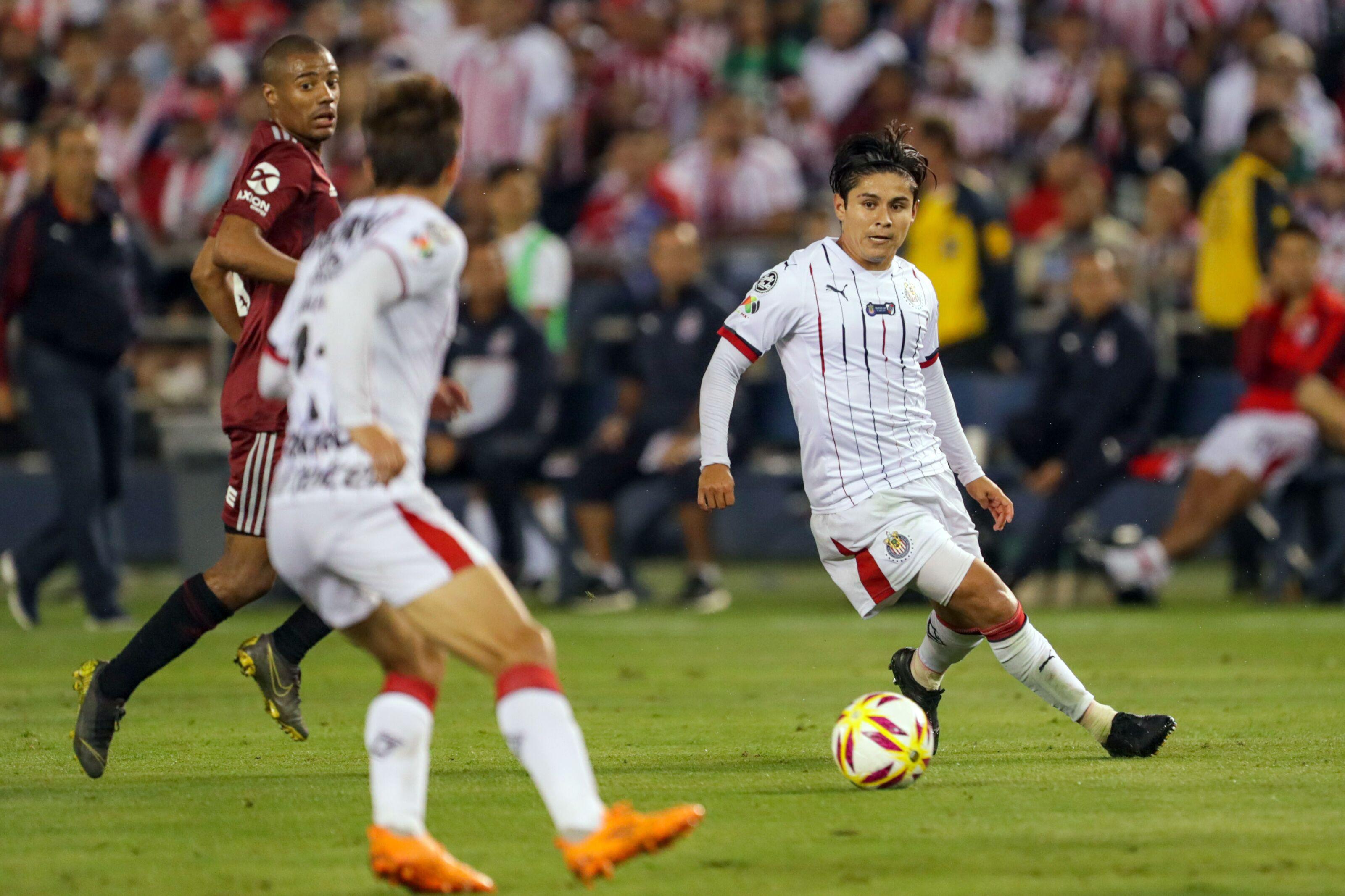 Chivas off to slow start in preseason, despite key acquisitions