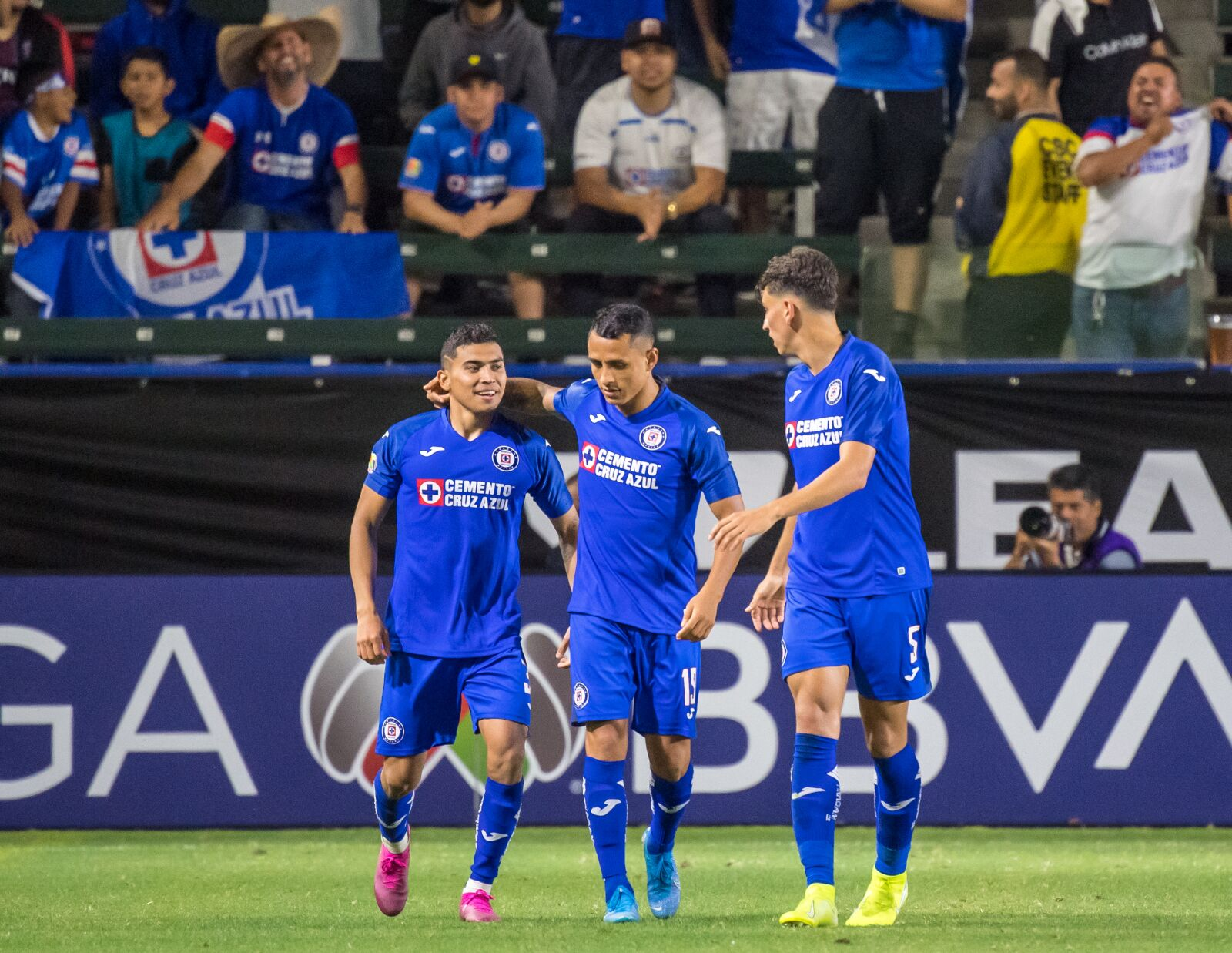 Cruz Azul holds off Galaxy, joins Tigres in Leagues Cup Final