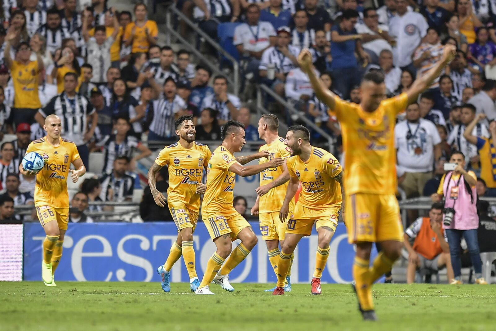 Tigres road win in Clasico Regio upends Monterrey Rayados