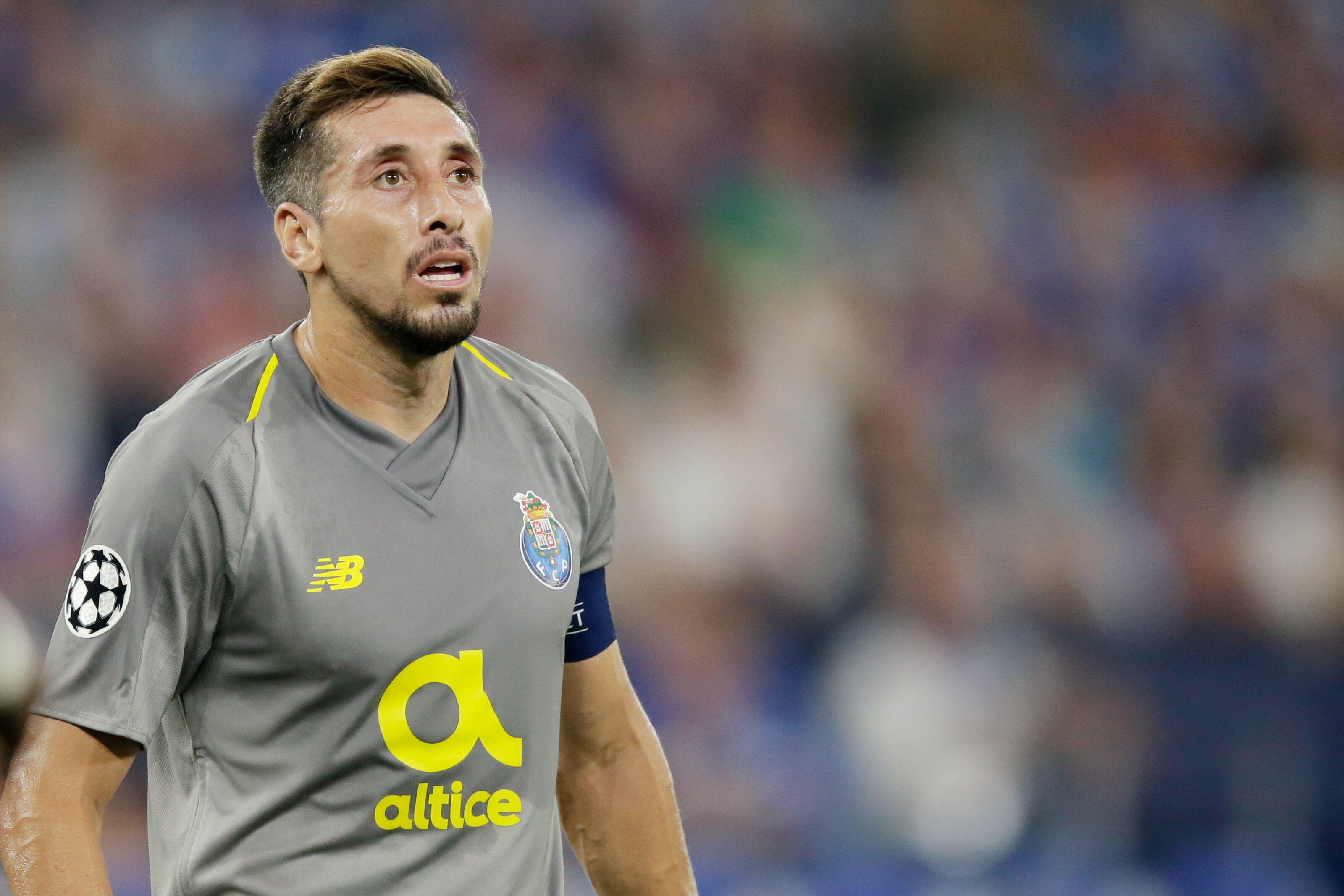 Transfer Rumors: Tottenham eye Porto midfielder Hector Herrera