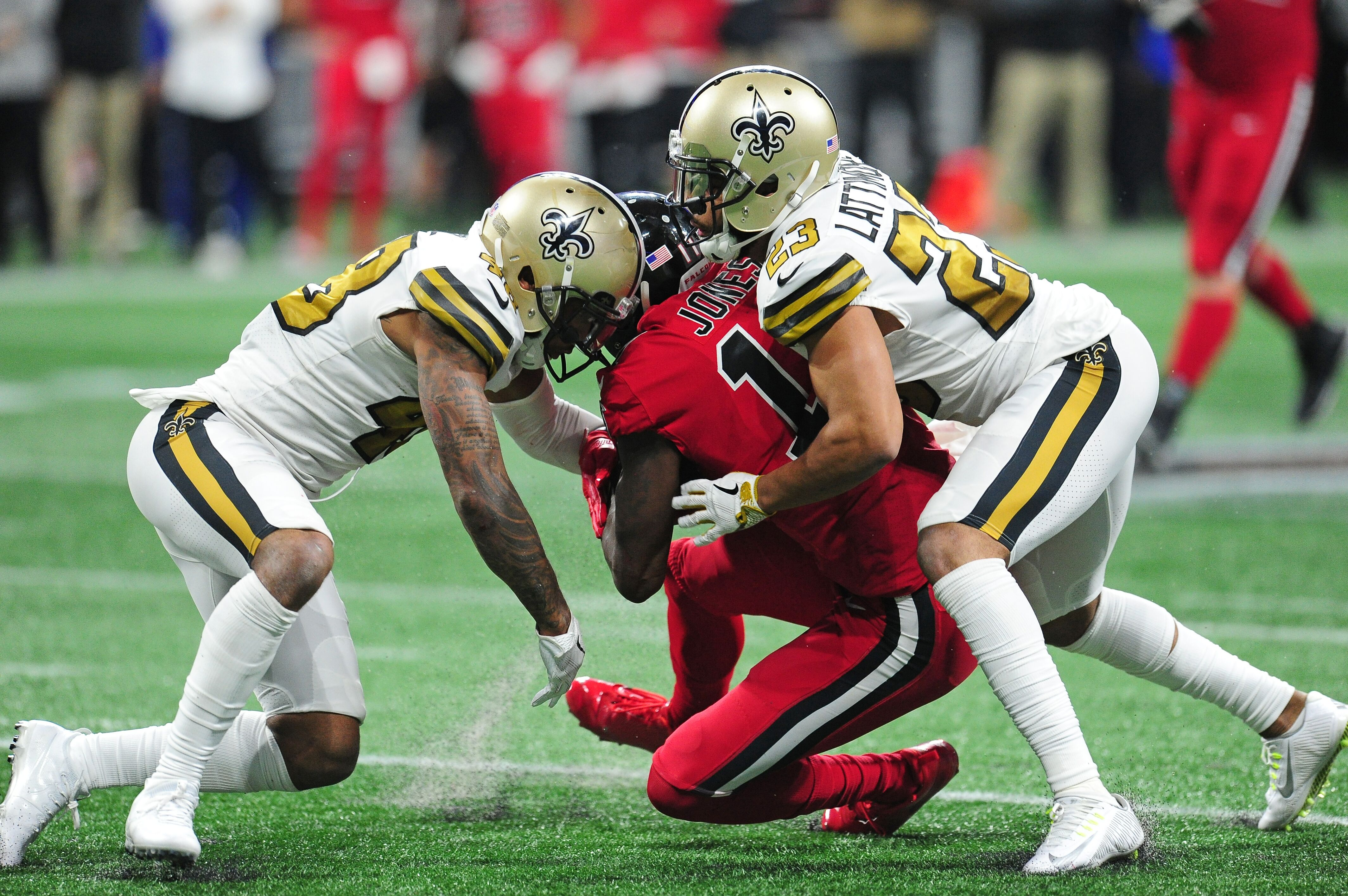 314555a0388 Saints: Some perspective on Marshon Lattimore and the shake back