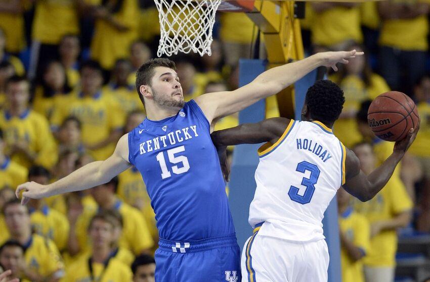 Kentucky Basketball What S Wrong With The Wildcats: Kentucky Basketball: John Calipari Praises Isaac Humphries