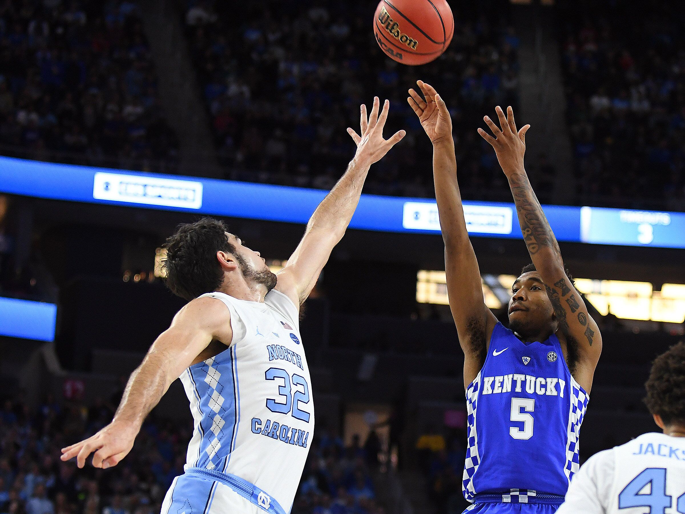 College Basketball Can Anyone Beat The Kentucky Wildcats: Kentucky Basketball: Strong North Carolina Scoring Calls