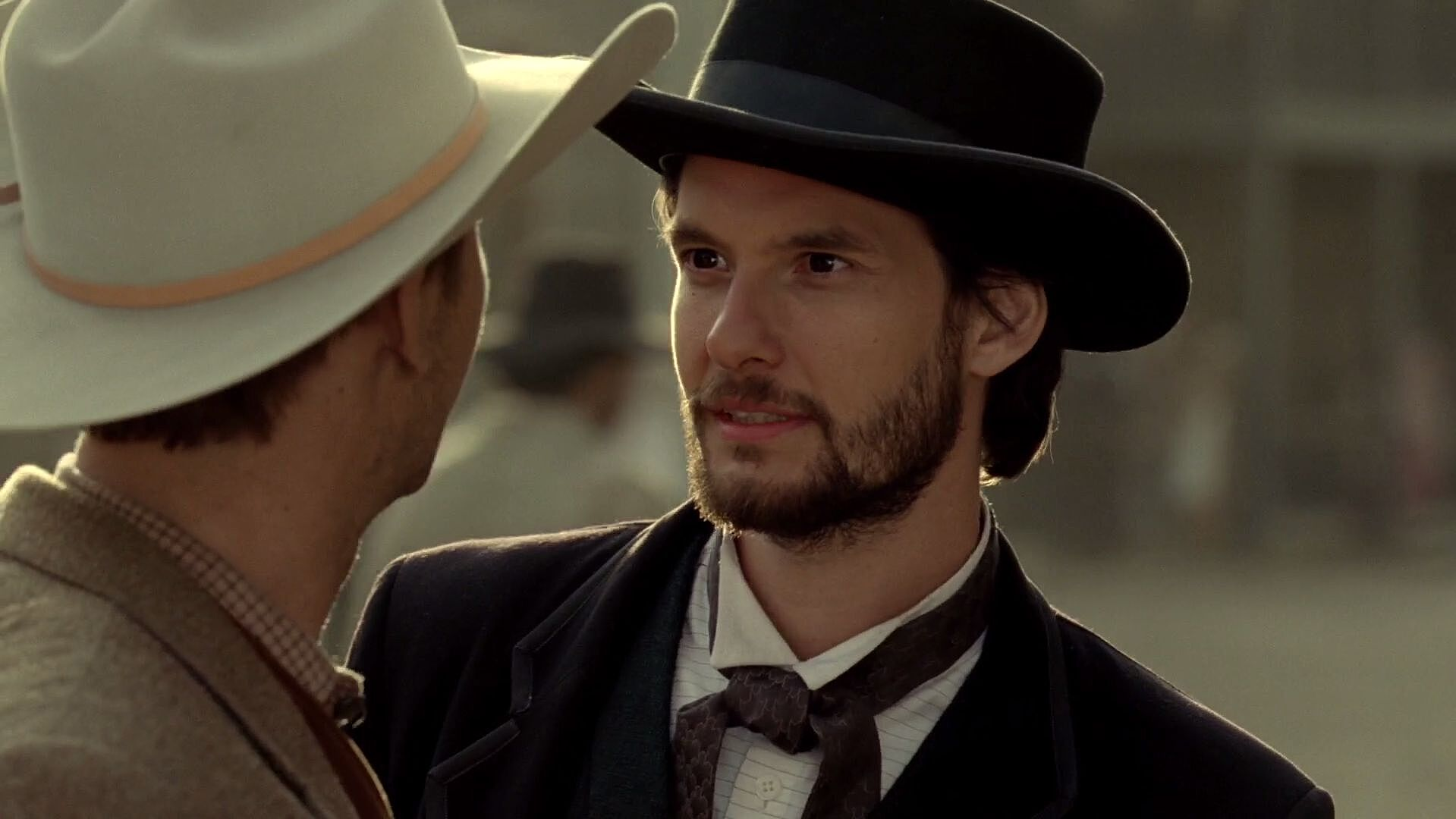 Ben Barnes Of Westworld Gets Photoshopped In Funny Photos By