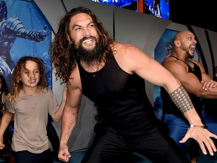 Girl Scouts use Jason Momoa's pecs to sell cookies, and other news