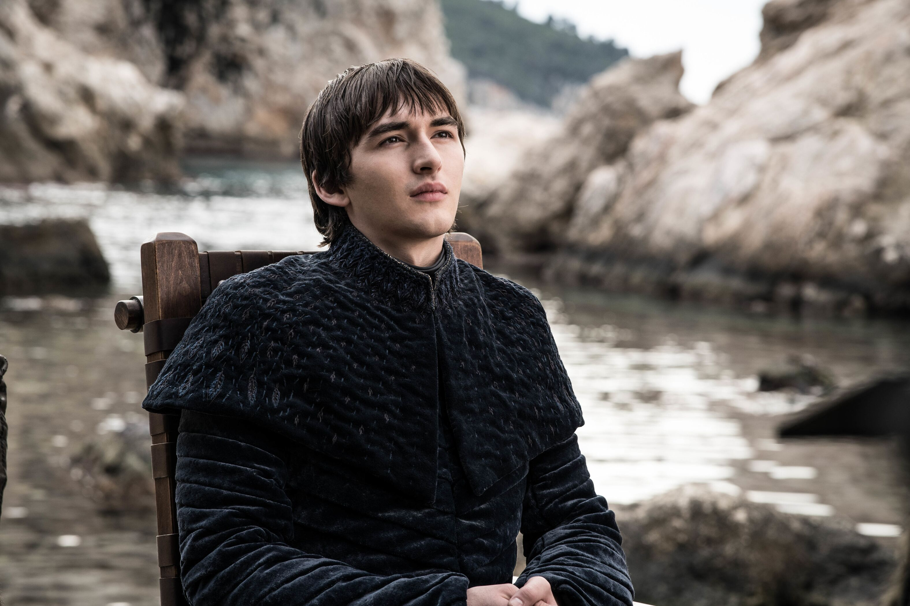 "Isaac Hempstead Wright would be ""gutted"" if George R.R. Martin doesn't make Bran king"
