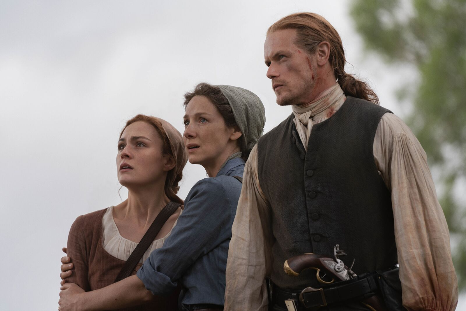 "Sam Heughan: The Fraser family must resist being ""torn apart"" in Outlander season 5"