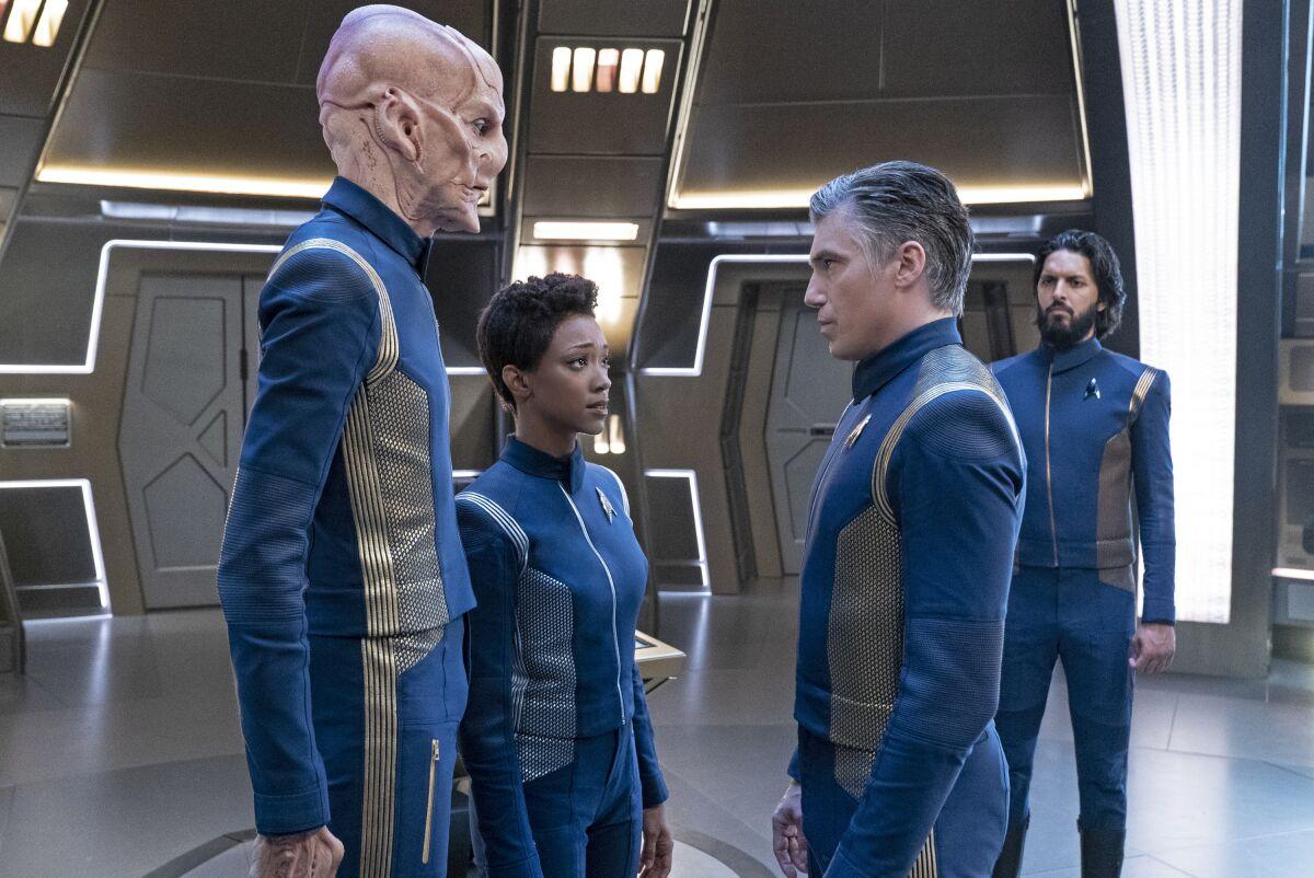 Doug Jones (Saru) teases Star Trek: Discovery season 3