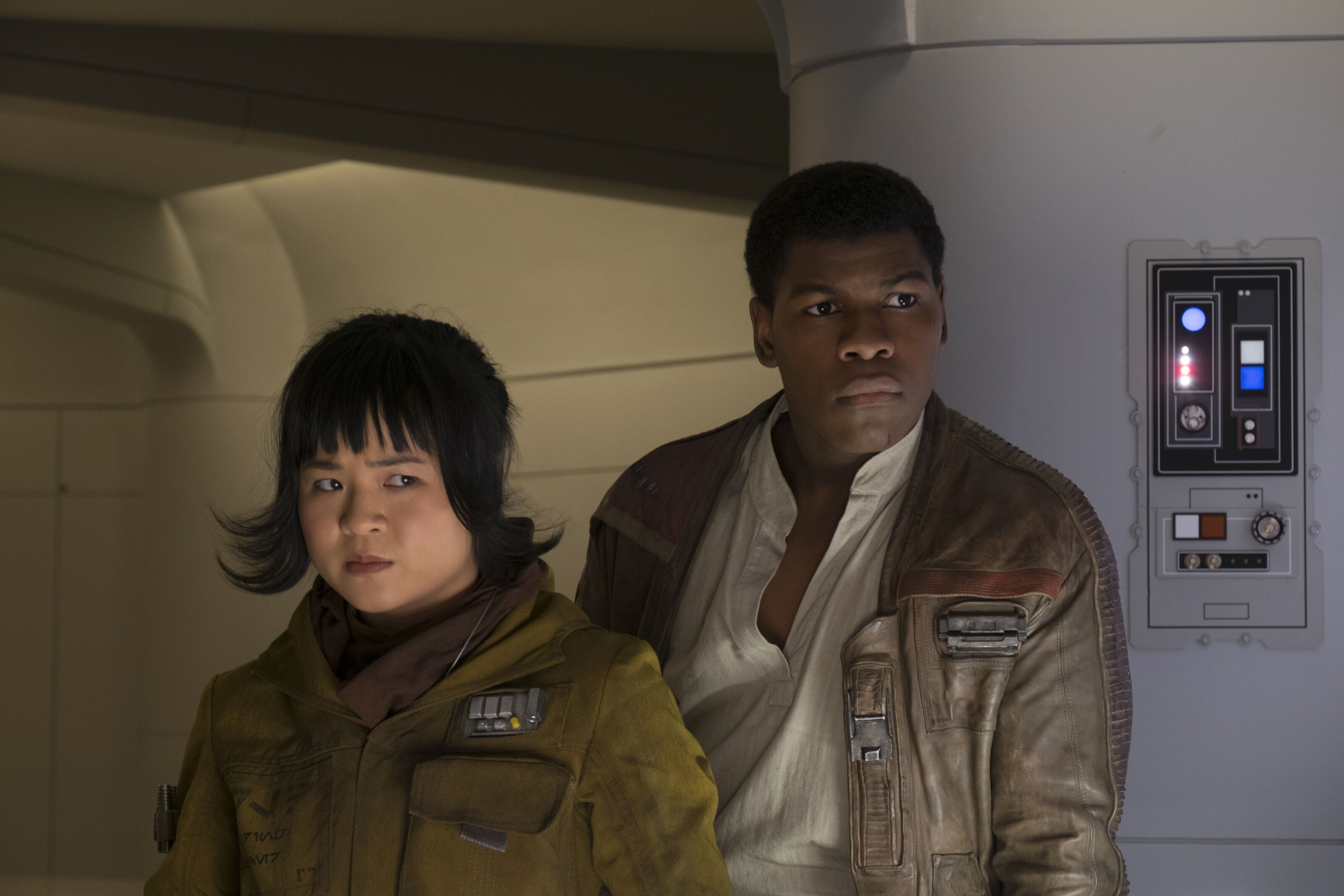 """John Boyega: Star Wars shipping conflicts are """"the most stupid thing in the world"""""""