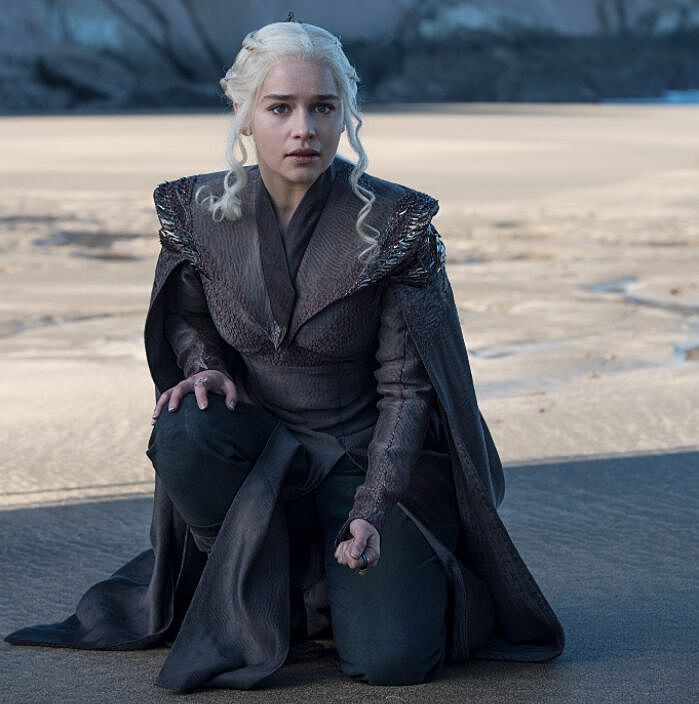 Entertainment weekly teases early conflict for daenerys in for Daenerys jewelry season 7