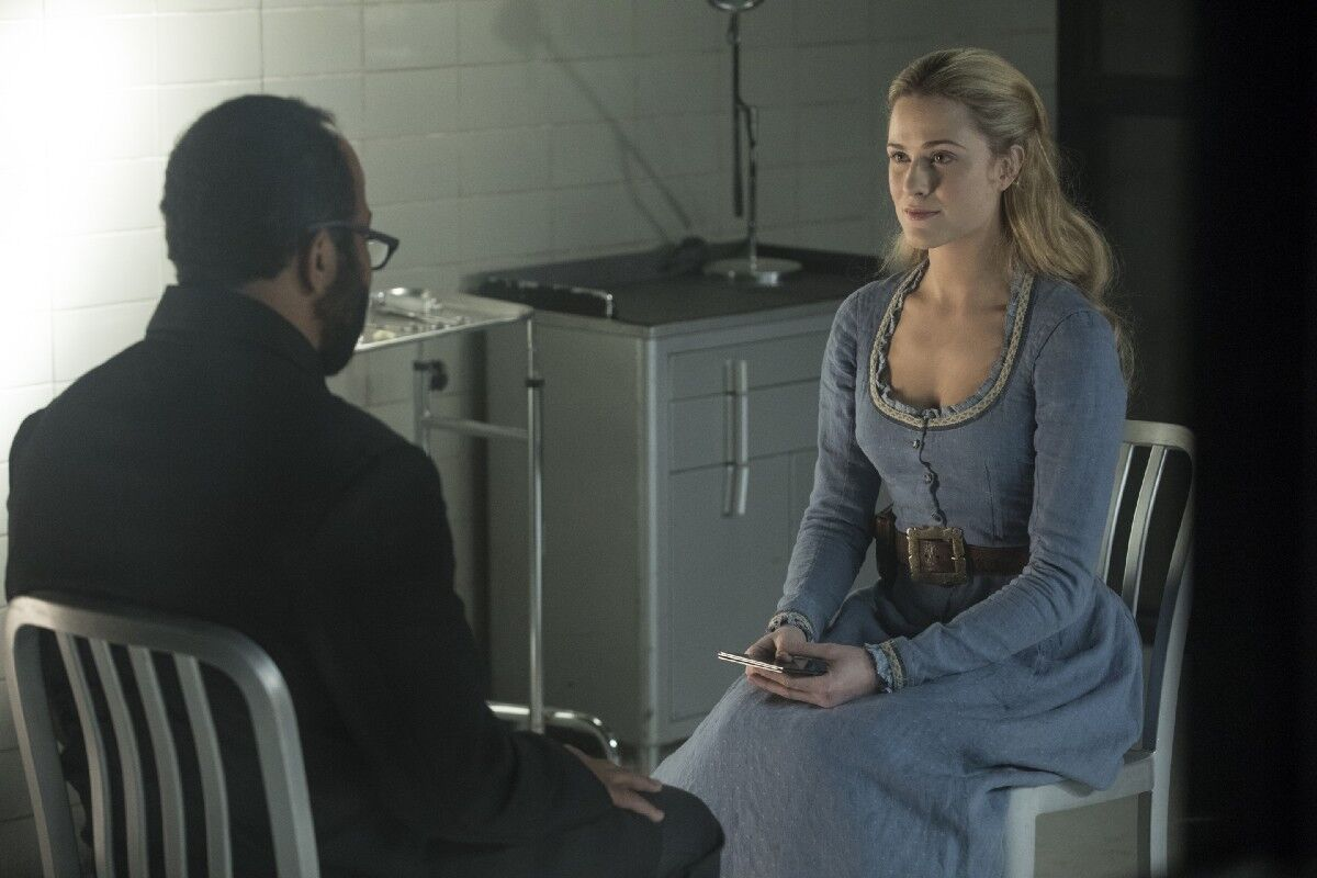 https://imagesvc.timeincapp.com/v3/fan/image?url=https://winteriscoming.net/wp-content/blogs.dir/385/files/2018/05/Westworld-206-Bernard-and-Dolores.jpeg&w=1200
