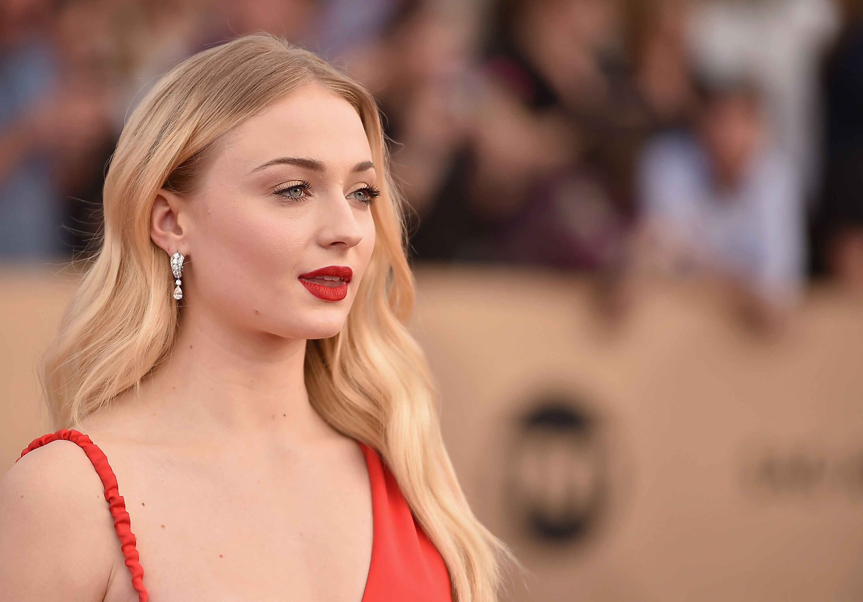 Sophie Turner's near-identical Game of Thrones stand-in speaks