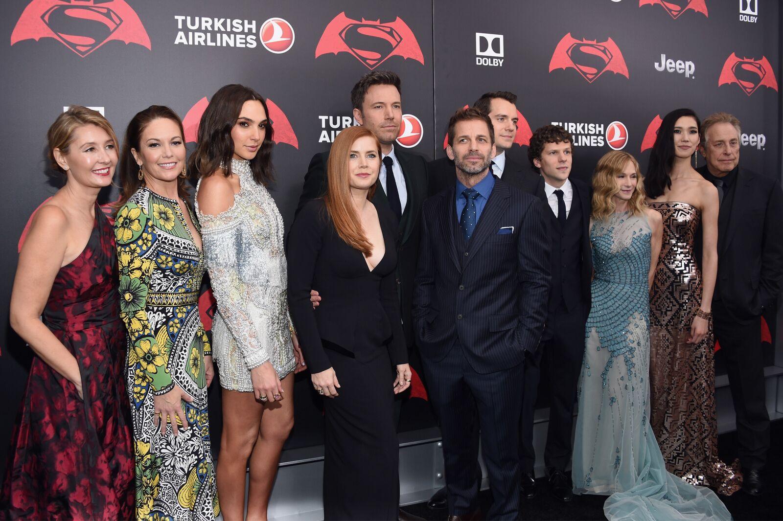 Justice League stars demand Warner Bros. #ReleaseTheSnyderCut