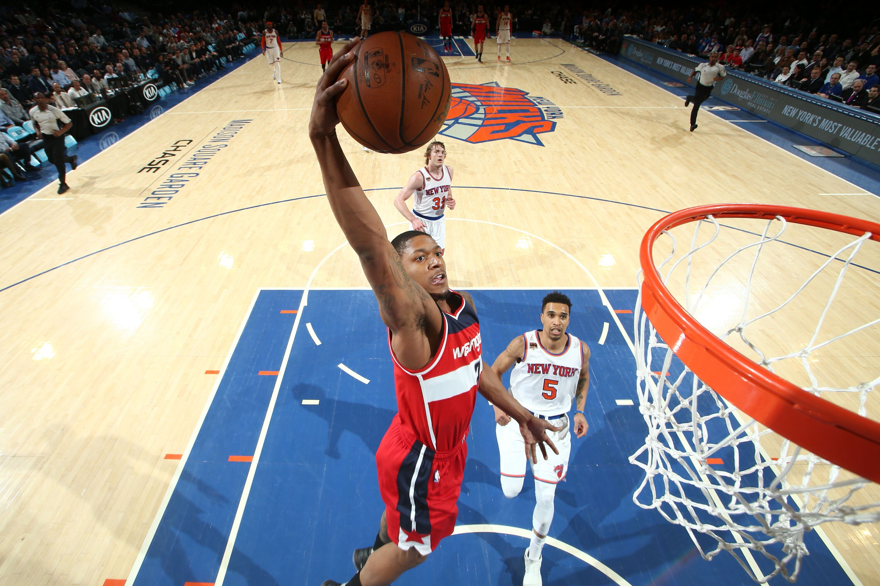 665459204-washington-wizards-v-new-york-knicks.jpg