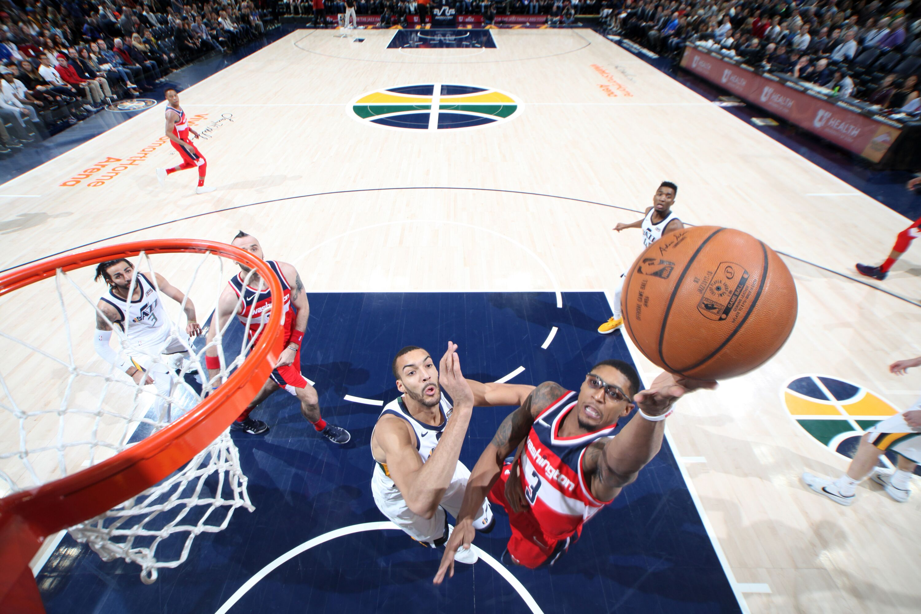 885848326-washington-wizards-v-utah-jazz.jpg