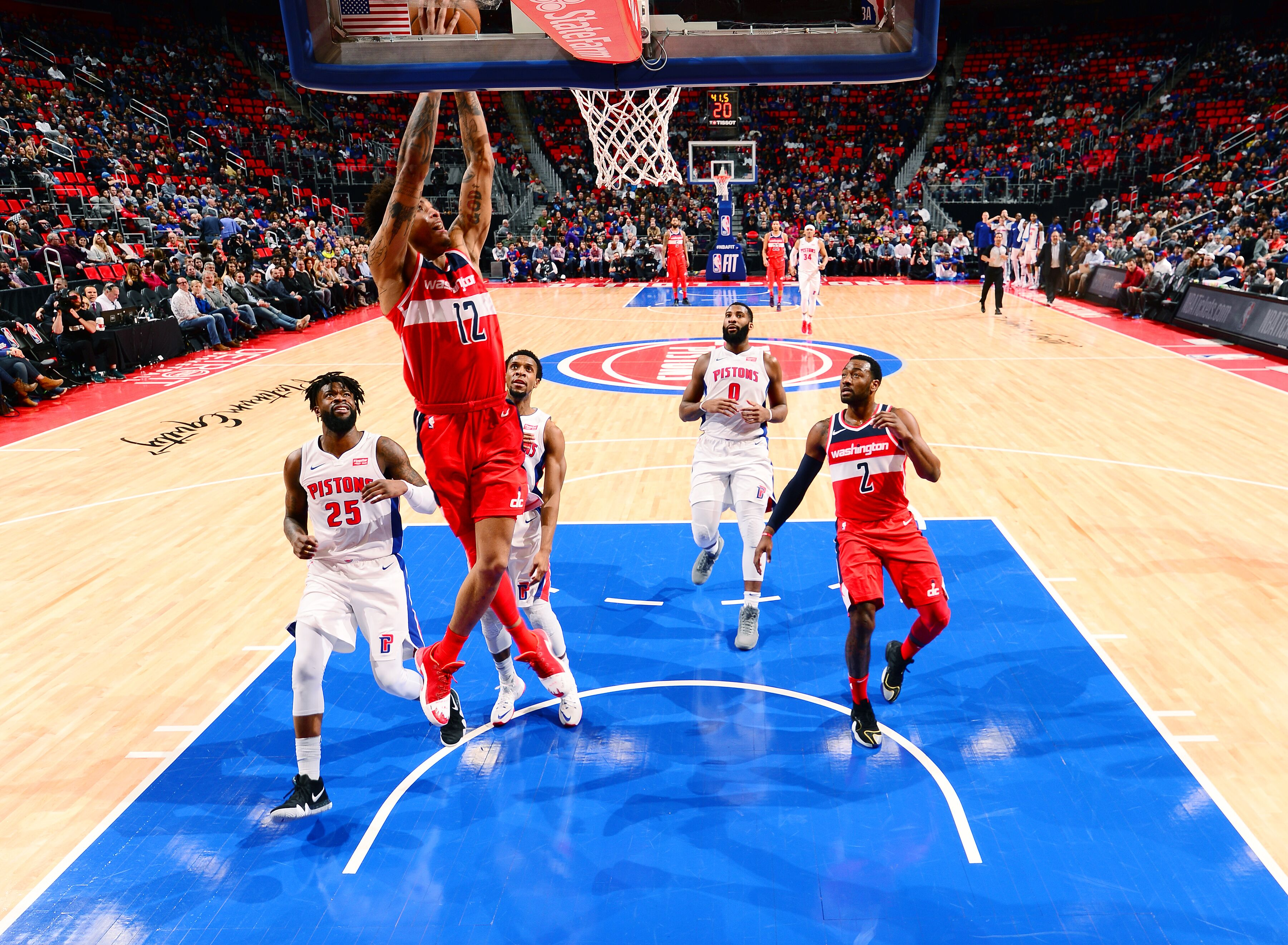 907307690-washington-wizards-v-detroit-pistons.jpg