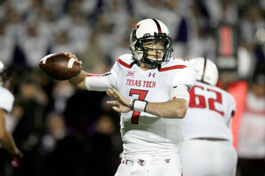846c048f5a1 Baker Mayfield could learn how to be a man from Davis Webb