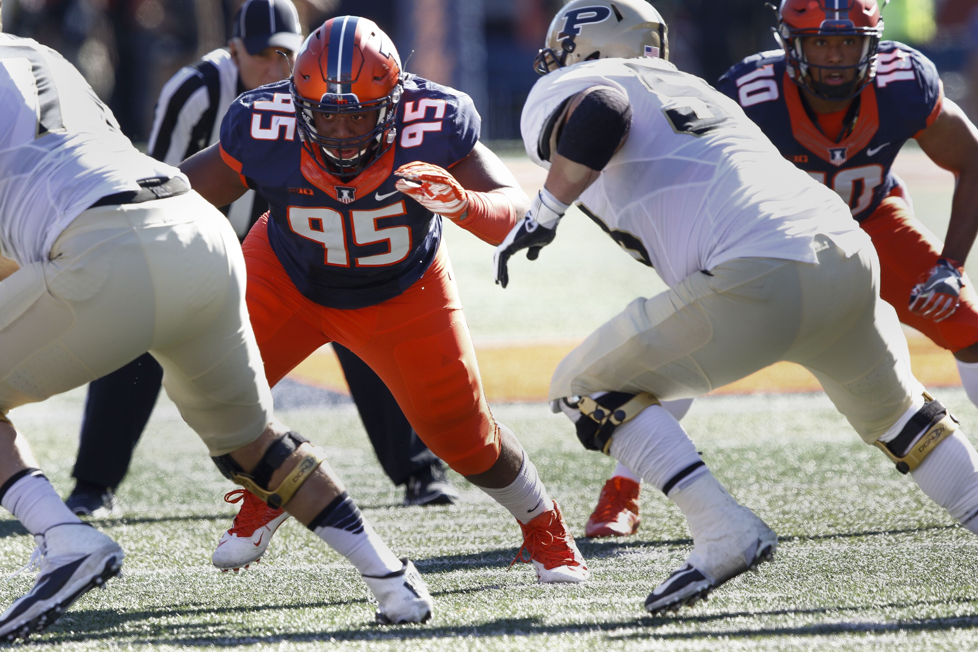 Illinois Football: Mapping out the Illini defensive tackle position