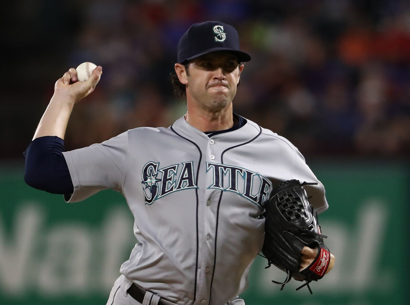 Yankees claim veteran reliever Cory Gearrin off waivers and release Domingo Acevedo