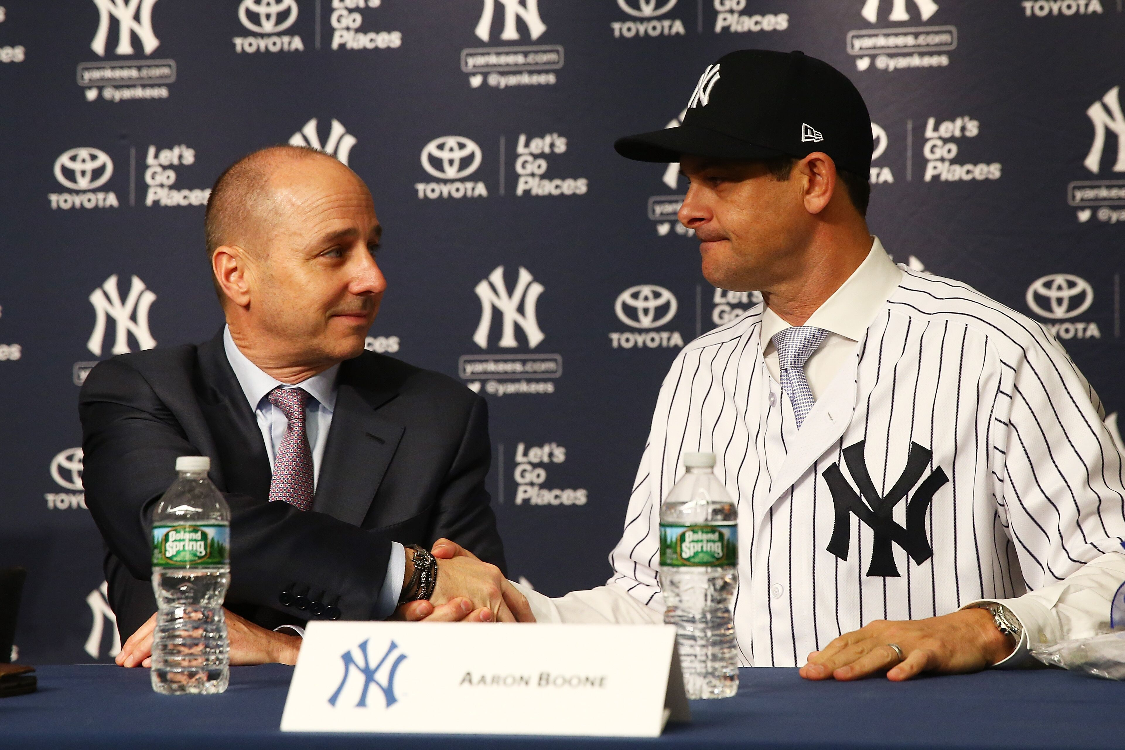 887097830-new-york-yankees-introduce-aaron-boone-as-manager.jpg