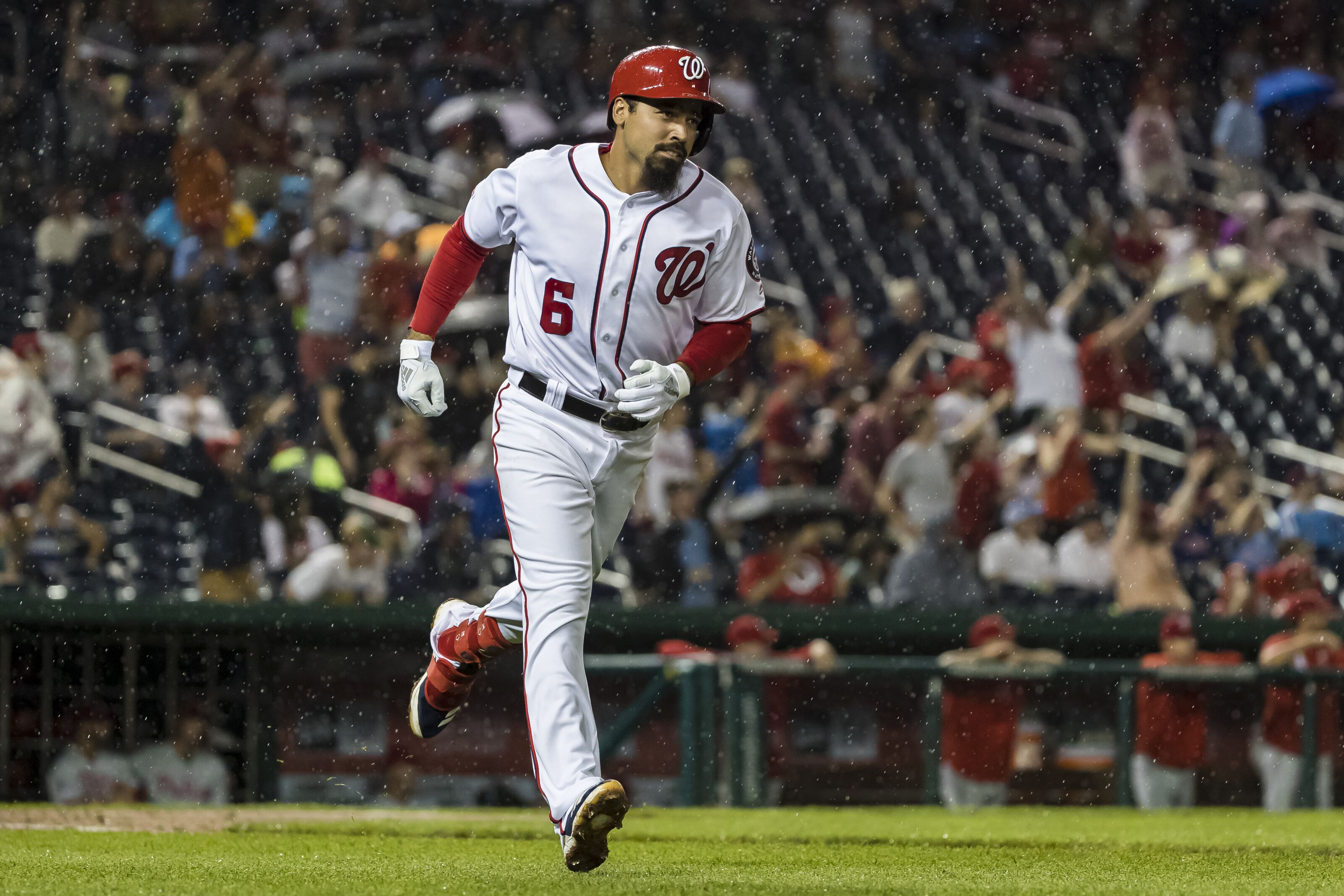 Yankees: Why third baseman Anthony Rendon should be targeted