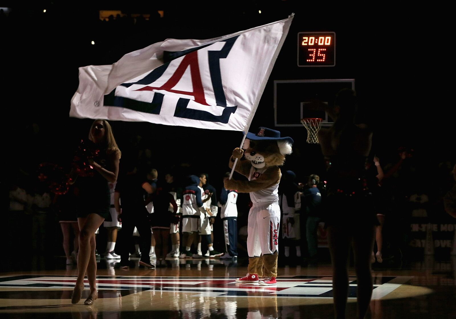 Arizona Basketball: 15-year-old phenom Sadraque Nganga receives offer