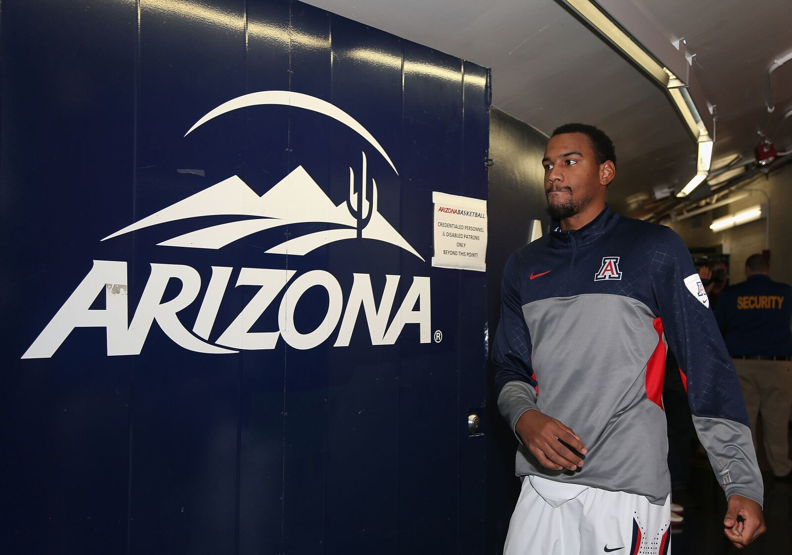 Former Arizona Wildcat Jordin Mayes competed in Drew ...