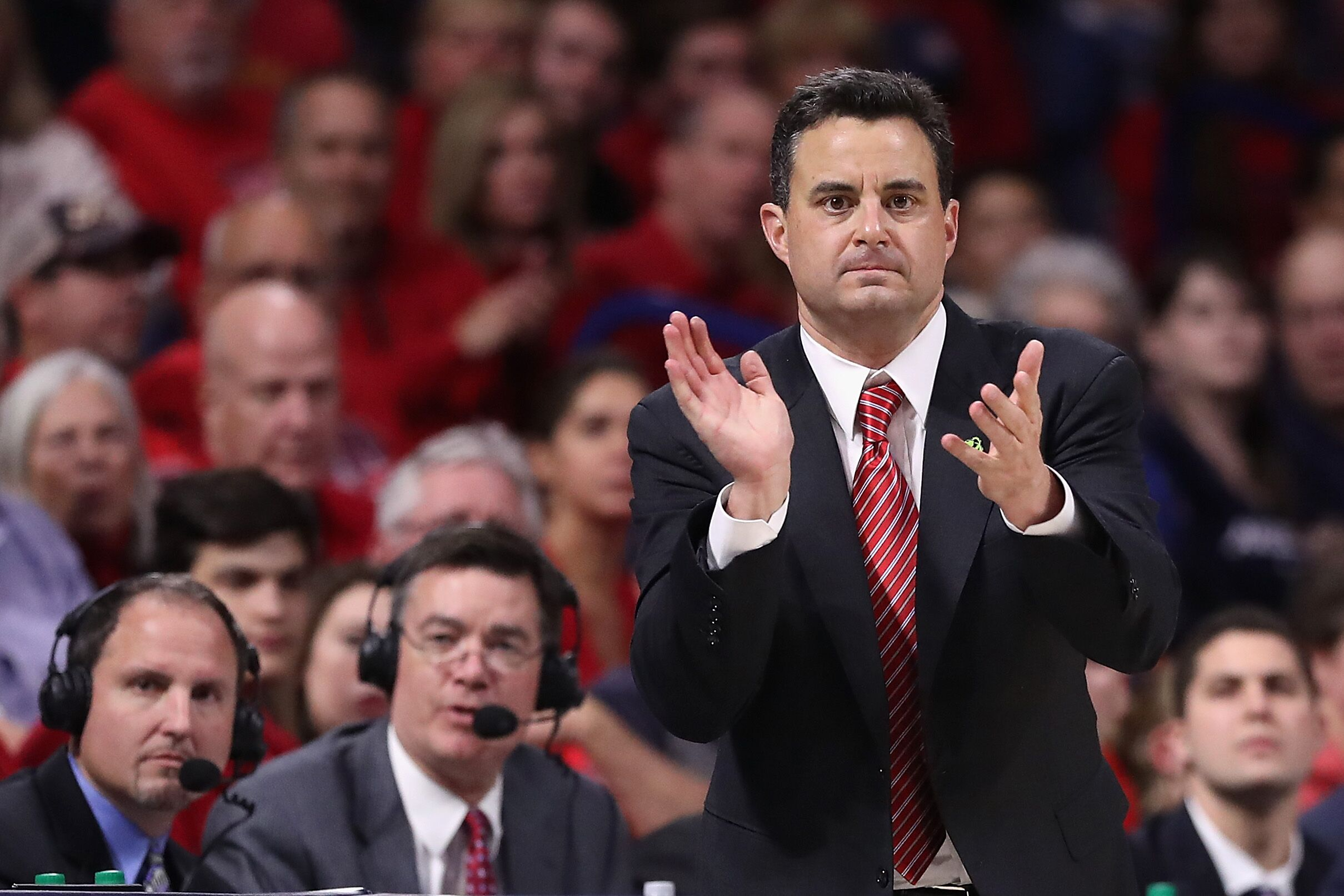 Arizona Basketball fans contribute to the success of the team
