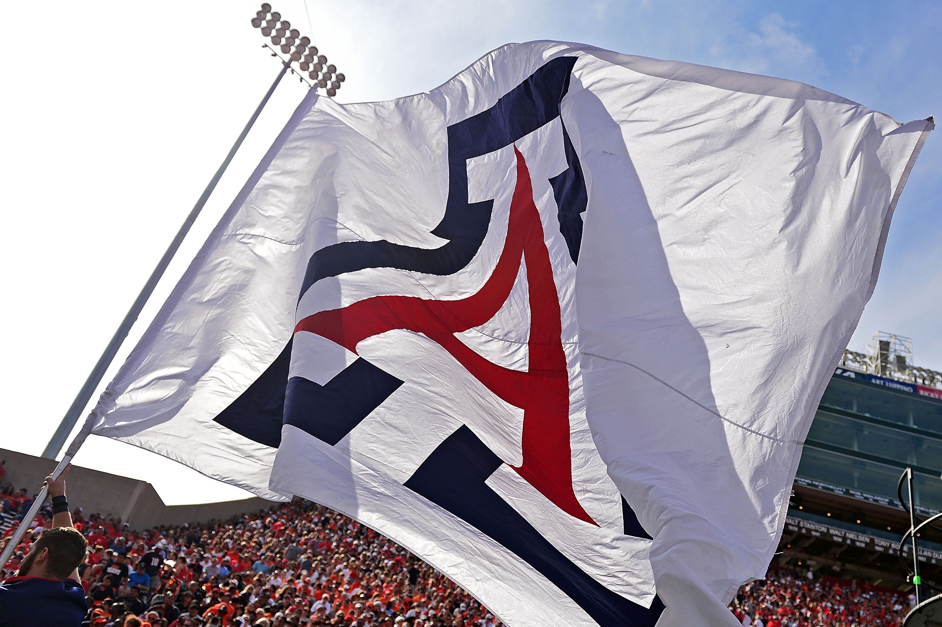 492178526-oregon-state-v-arizona.jpg