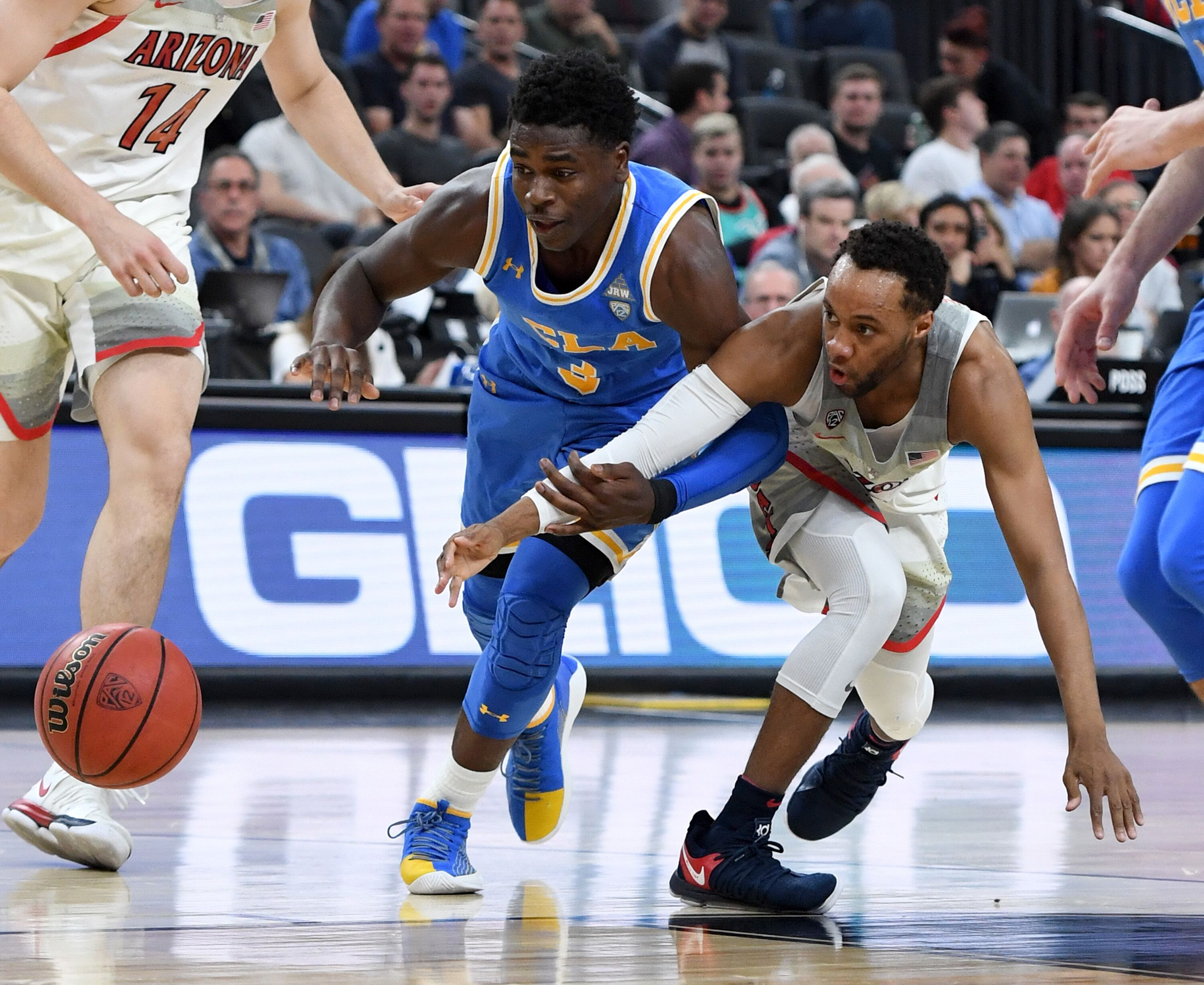 929927970-ucla-v-arizona.jpg