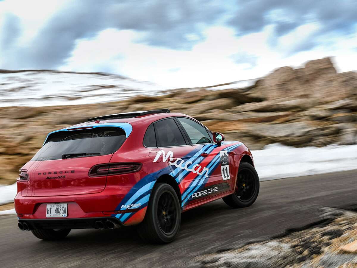 Scaling Pikes Peak In The New Porsche Macan Gts The Drive