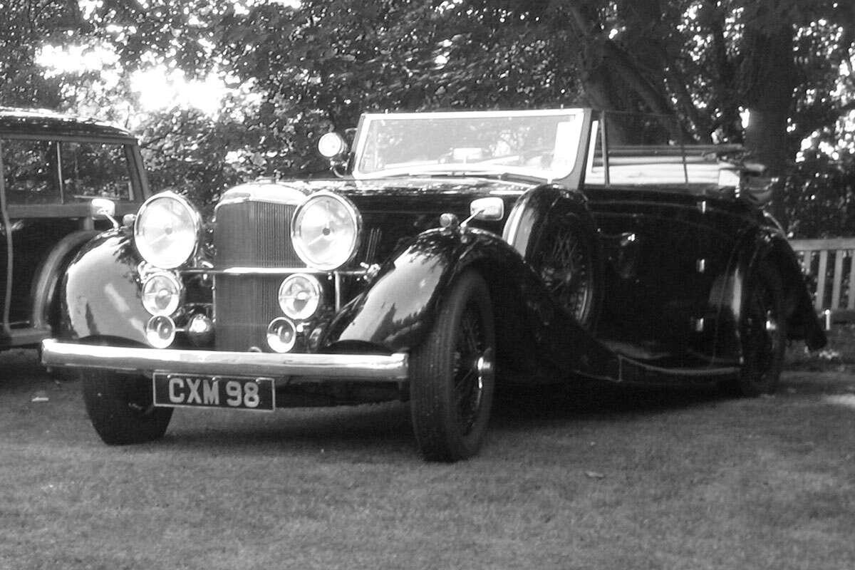 Castle Hedingham Car Show