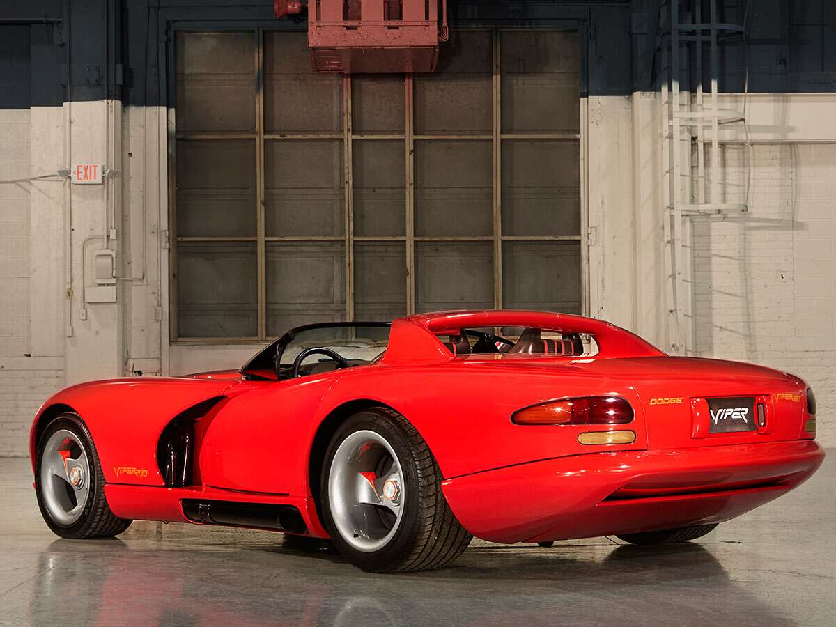 Detroit Auto Show Throwback The Dodge Viper The Drive