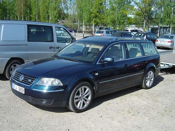 10 2004 Volkswagen Pat W8