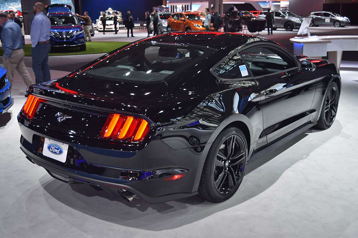 The Muscle Cars Of The New York Auto Show The Drive