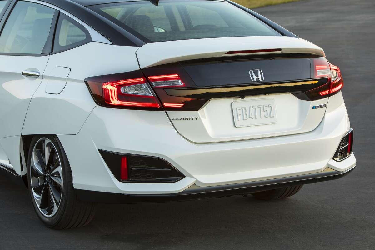2018 Honda Clarity Burns Hydrogen Not Rubber In New York