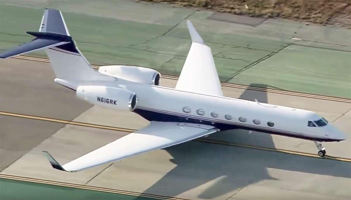 Comeys Final Flight And The Dojs Controversial Gulfstream Private V Guard Ups Circuit Diagram Youtube Screencap