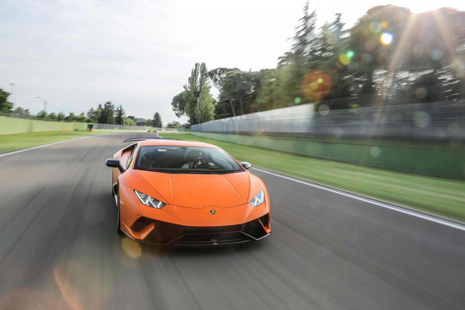 Lamborghini Huracan Performante Is A Supercar Supreme The Drive