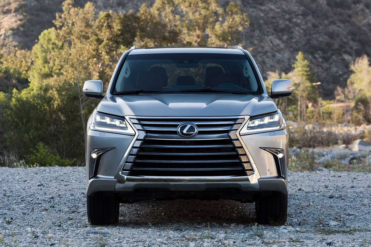 2017 lexus lx570 review: the rolling throwback-thursday of the suv