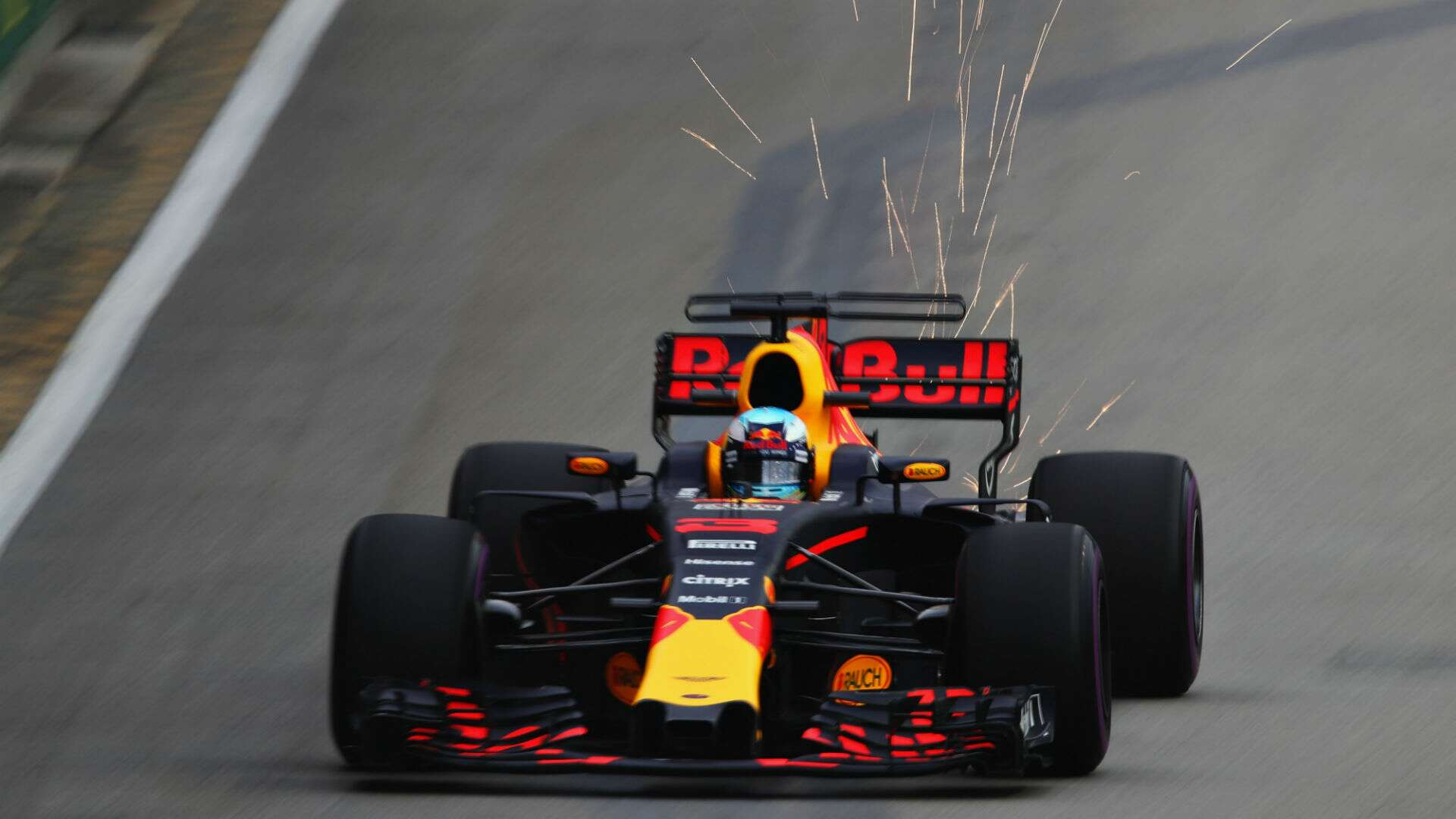 Aston Martin to Be Red Bull F1 Title Sponsor in 2018, Report Says ...