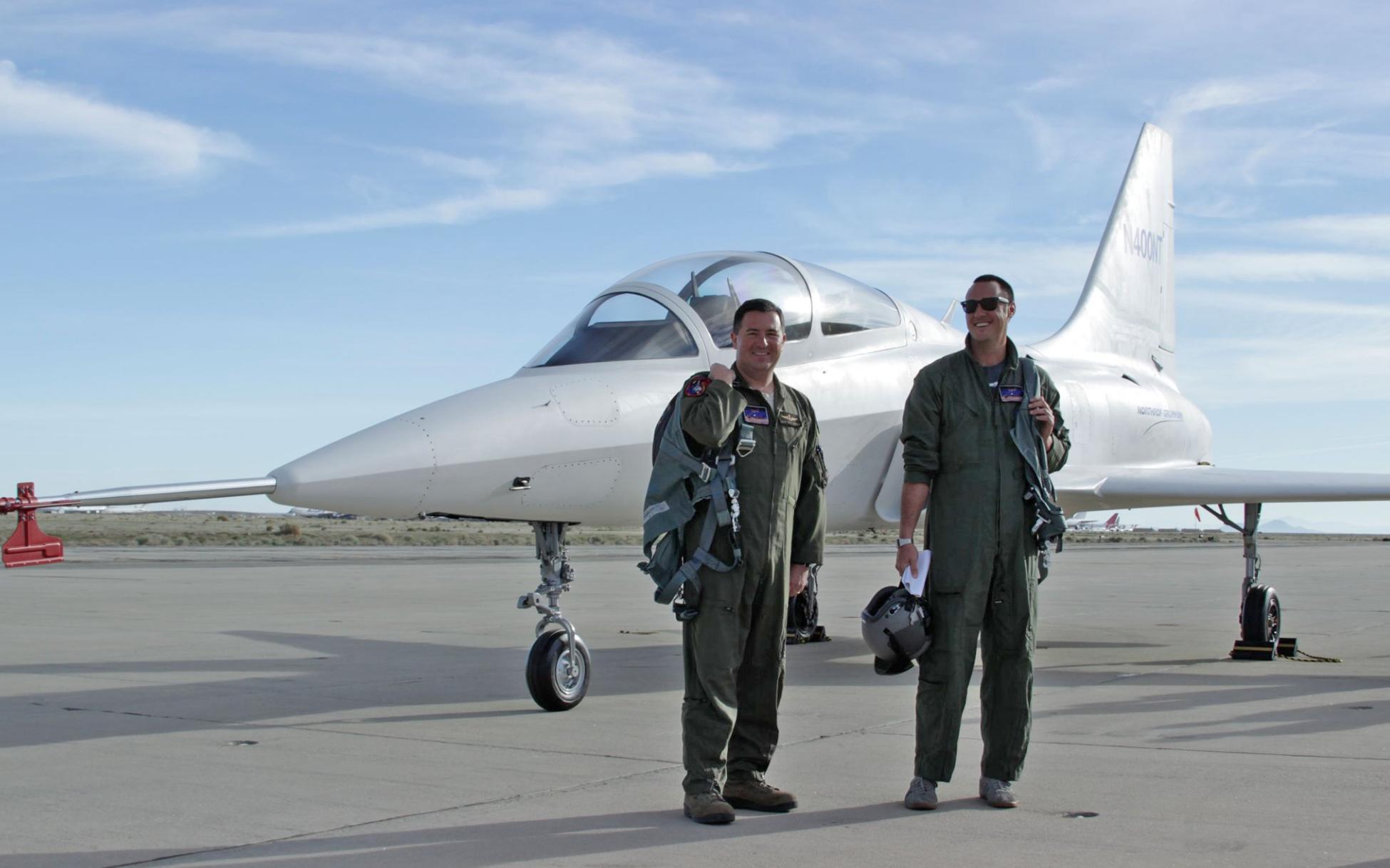 PROGRAMA T-X USAF BUSCA NUEVO AVION JET ENTRENADOR - Página 2 ?q=60&url=https%3A%2F%2Fs3.amazonaws.com%2Fthe-drive-staging%2Fmessage-editor%252F1506045720730-screenshot2017-09-21at6.02.03pm