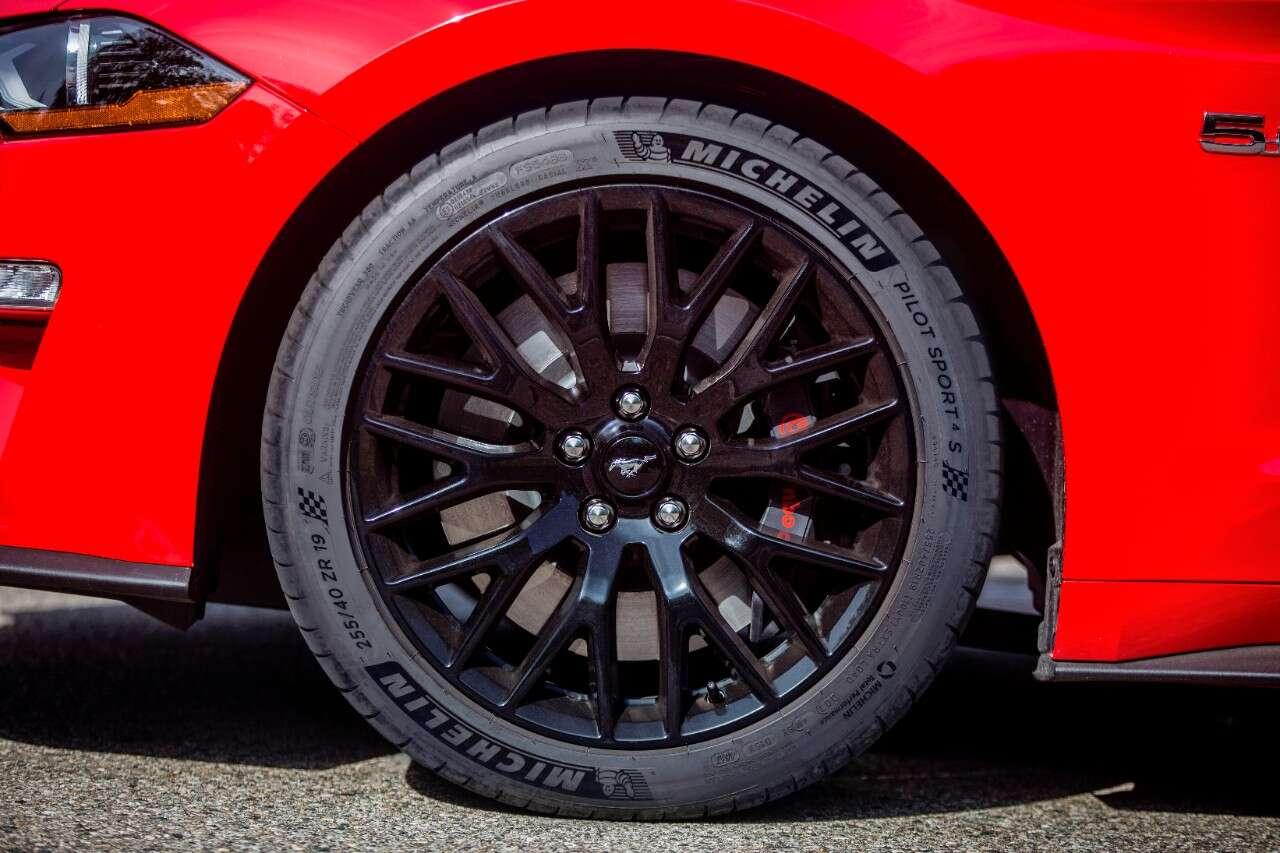 Michelin Pilot Sport 4s Tires Make Us Debut On The 2018 Mustang Gt